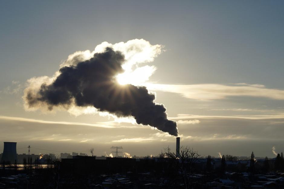 Mazowieckie, smog: Wysokie stężenia zanieczyszczeń powietrza