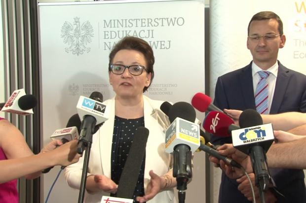 Anna Zalewska: Trwa dyskusja o nowym modelu subwencji oświatowej