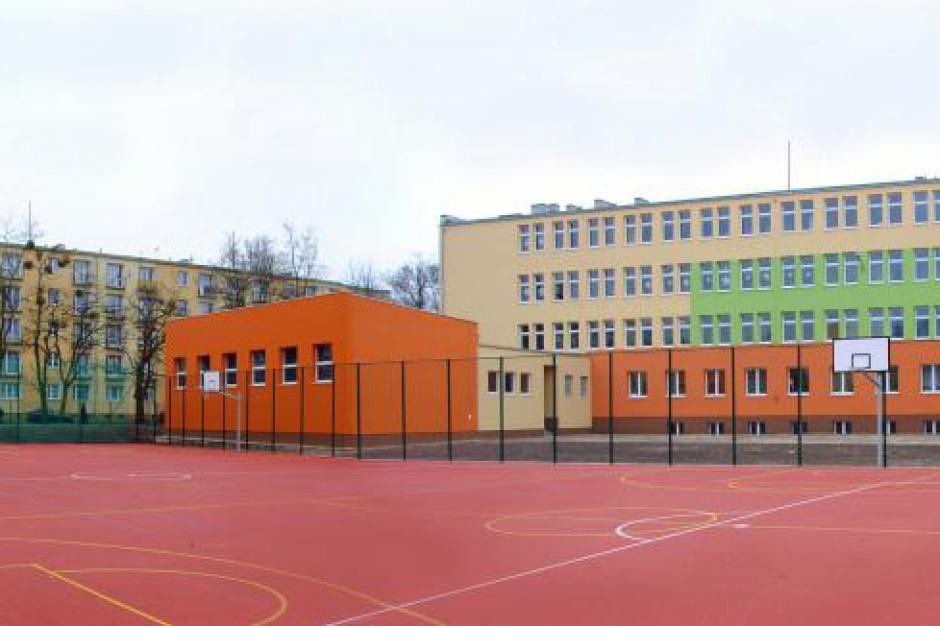 Reforma edukacji, likwidacja gimnazjów: strajk okupacyjny w gimnazjum w Łodzi