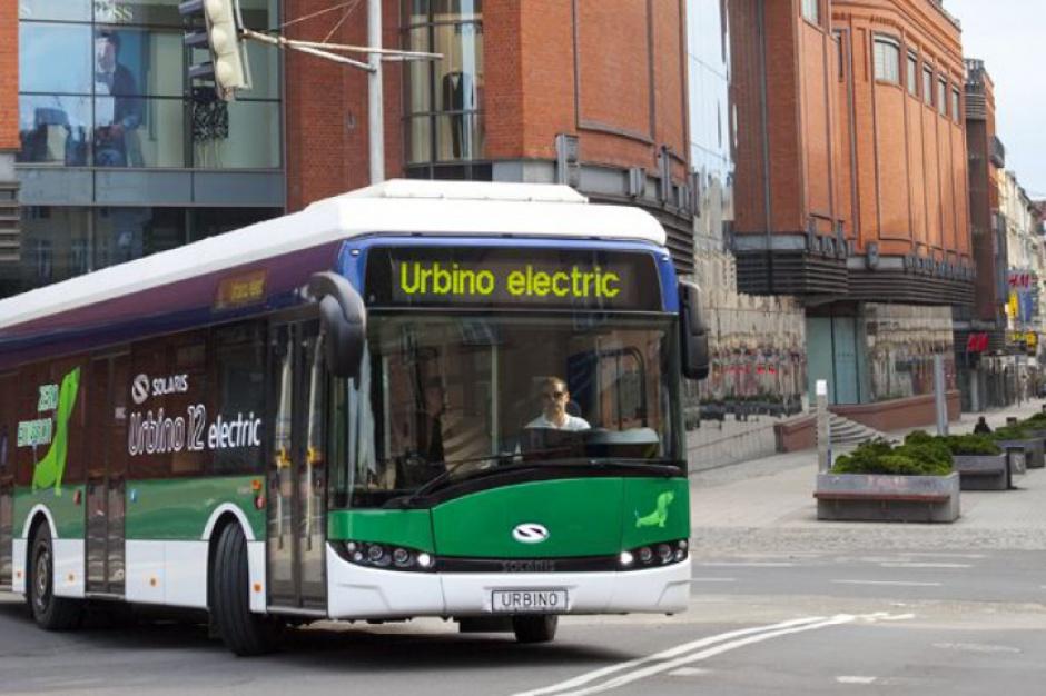 Koniec spalinowych autobusów? W miastach pojawią się elektryczne e-busy