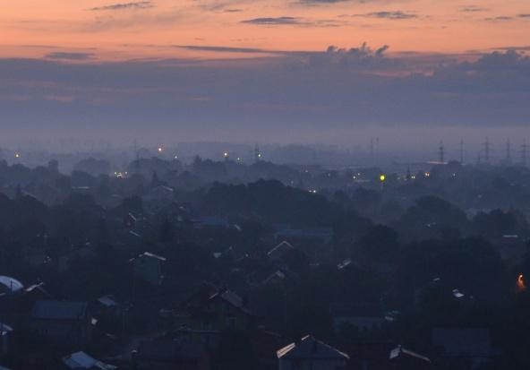 Śląsk: Smog powoli znika. Ale normy nadal przekroczone