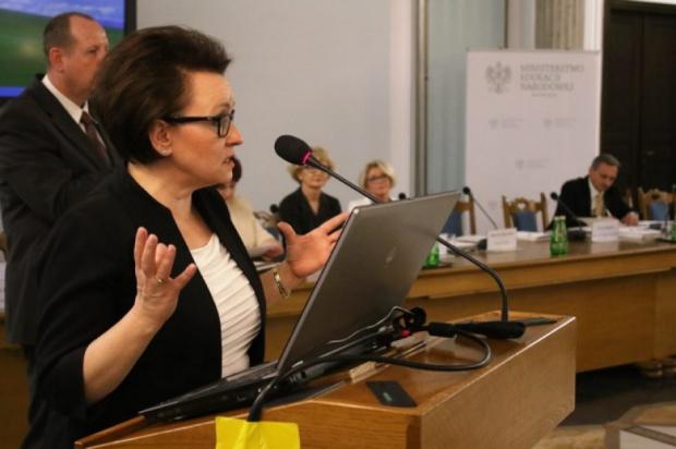 Anna Zalewska do samorządowców: Prawo oświatowe wdrażamy razem