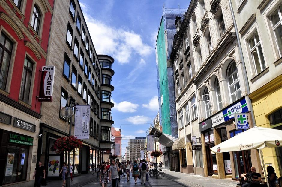 Inwestycje zagraniczne w polskich miastach: Warszawa z tytułem miasta przyszłości, Wrocław z najlepszą strategią