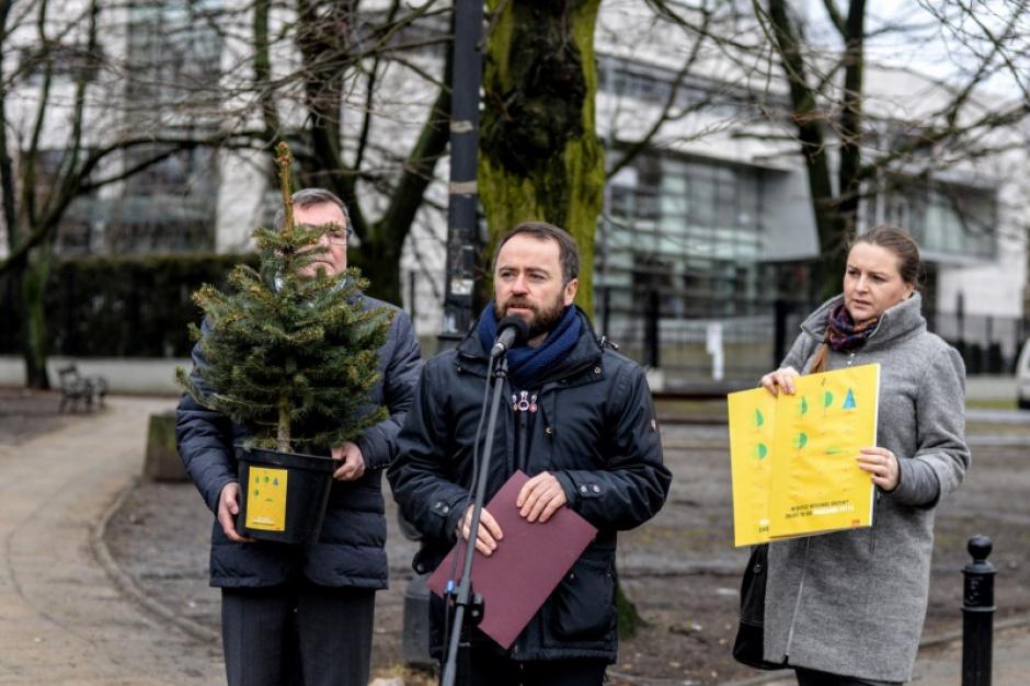 Warszawa apeluje o przywrócenie samorząd kontroli nad wycinką