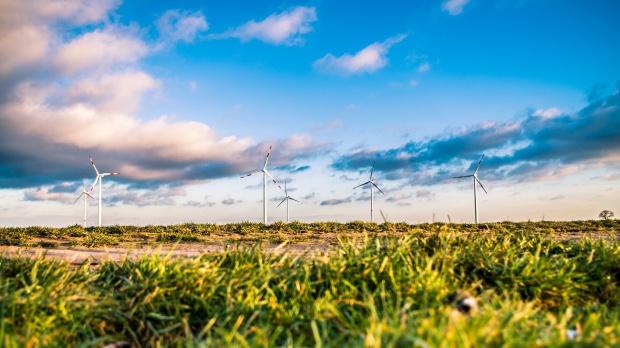 Energia odnawialna: Polska może mieć problem z wywiązaniem się z unijnych wytycznych dot. OZE