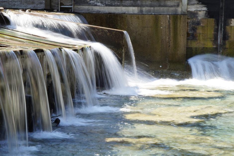 Strategia na rzecz Odpowiedzialnego Rozwoju: Potrzebna jest większa retencja wody na wsi i w miastach