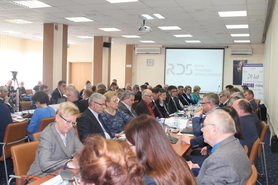 Samorządowcy obserwatorami Rady Dialogu Społecznego