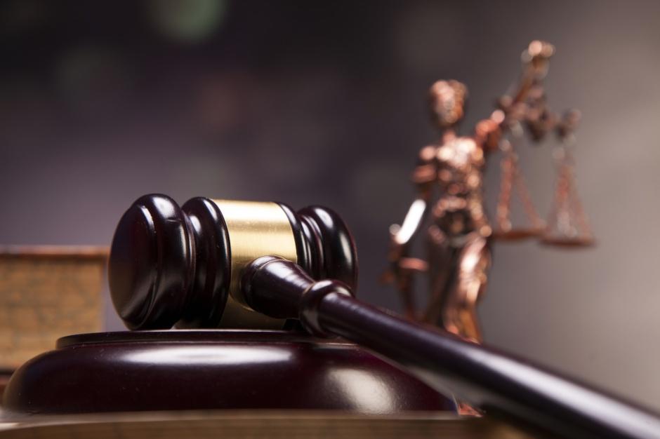 Bezpłatna pomoc prawna dla beneficjentów 500 plus, bezrobotnych i niepełnosprawnych