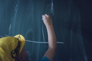 Śląskie: Większość samorządów przesłało już uchwały ws. sieci szkół