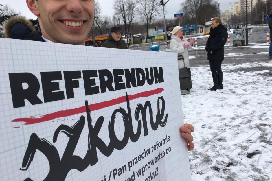Reforma edukacji: PSL i ZNP zbierały podpisy w sprawie referendum