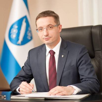 Prezydent Rybnika: Potrzeba narodowego programu walki z niską emisją