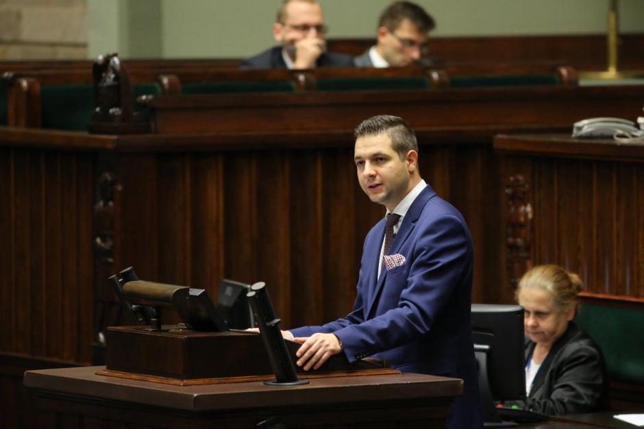 Patryk Jaki: Komisja Weryfikacyjna mieści się w polskim porządku prawnym