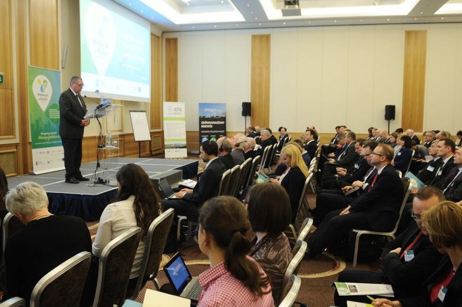 Kilkadziesiąt polskich miast przygotuje plany adaptacji do zmian klimatu