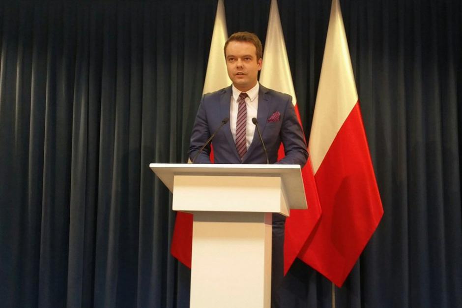 Rafał Bochenek: Prawo Oświatowe jest faktem, czas na uwagi i zastrzeżenia był wcześniej