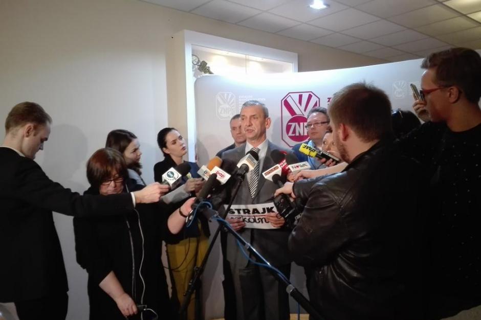 ZNP, reforma edukacji:  Znamy termin strajku w szkołach