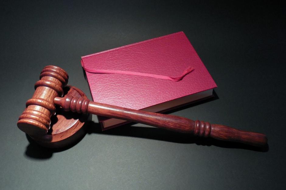 Radny oskarżony o groźby karalne został uniewinniony