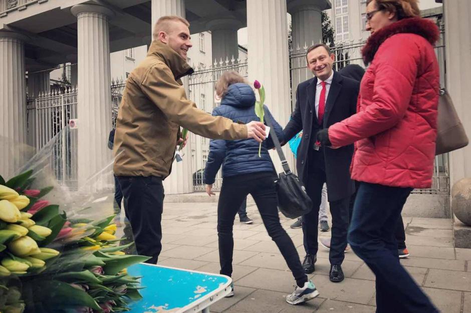 Referendum w Warszawie. Nowoczesna zapytała mieszkańców, 82 proc. chce rozmawiać