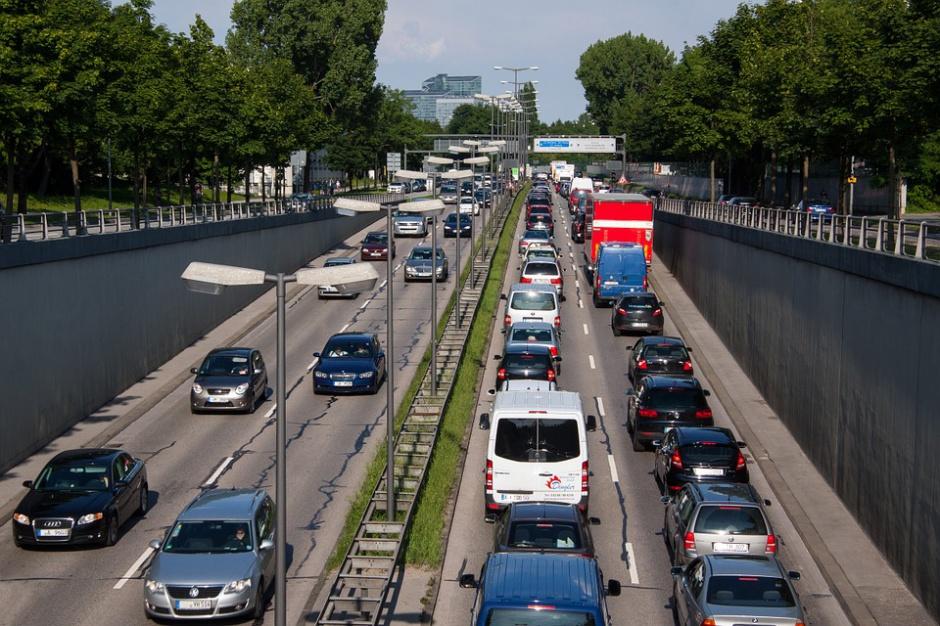 Strefy niskiej emisji: Polska daleko za Berlinem, Sztokholmem, Paryżem czy Londynem