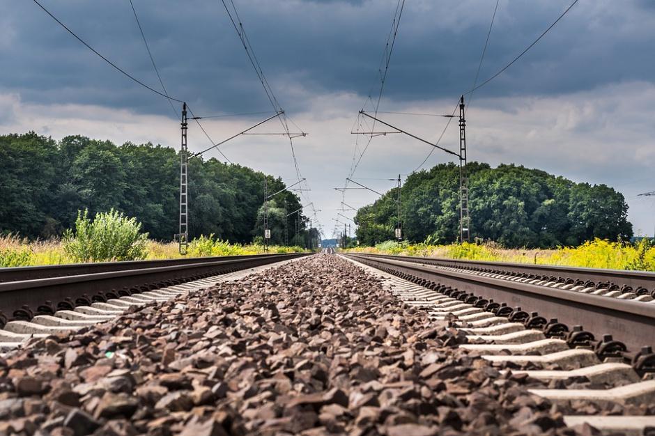 Podróż koleją z Łodzi do Zduńskiej Woli potrwa krócej