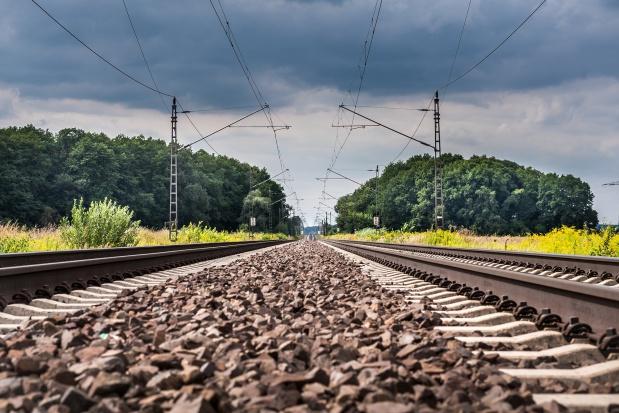 PKP: Jazda pociągami Warszawa-Poznań bardziej komfortowa i bezpieczna