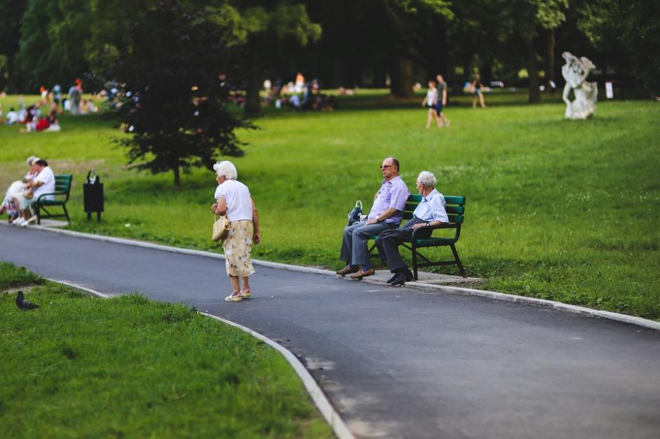 Te miejsca w Warszawie są przyjazne seniorom