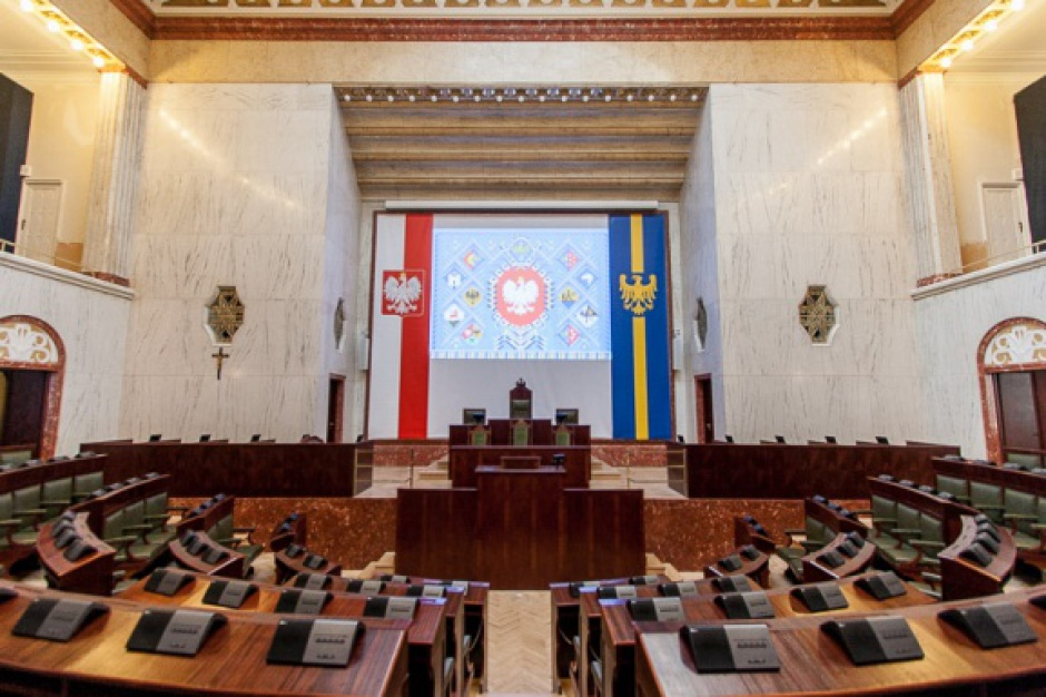 Śląskie: Sejmik zdecydował, na co przeznaczyć nadwyżkę budżetową