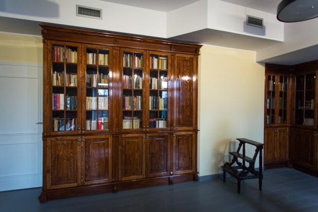 Swój gabinet, a właściwie bibliotekę w muzeum ma prof. Janusz Degler. (fot.wroclaw.pl)
