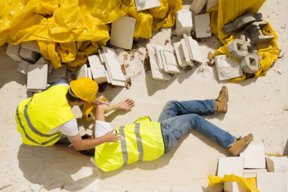 Wypadki w pracy: W którym województwie i jakiej branży jest ich najwięcej?
