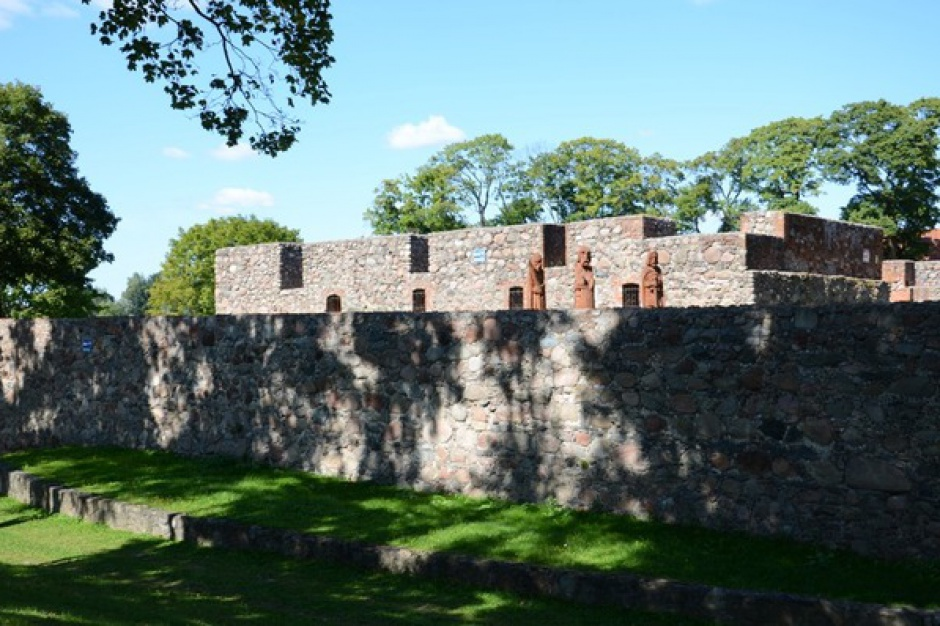 Władze Szczytna chcą zrewitalizować ruiny zamku