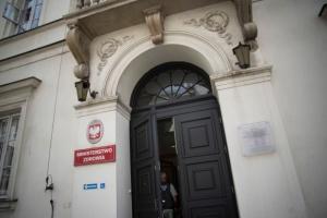 Związki i pracodawcy domagają się ponownej oceny sieci szpitali