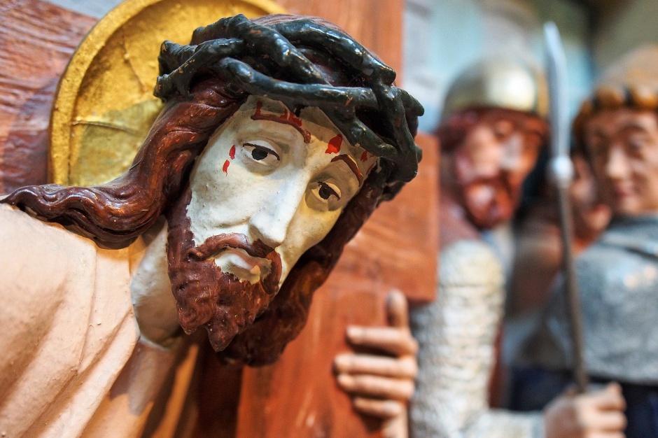 Małopolskie: Droga Krzyżowa przez lasy, bagna, cmentarz, górki i torfowiska