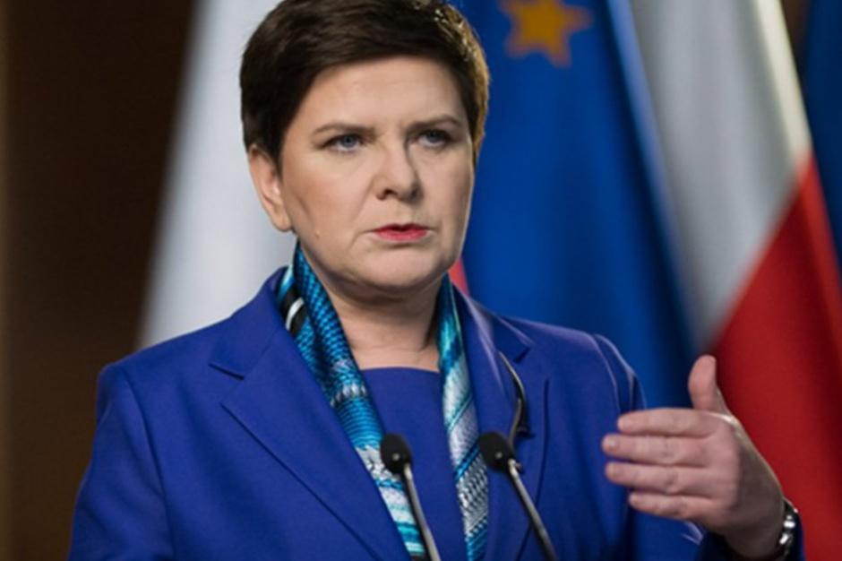 Beata Szydło: Pytanie, czy strajk w szkołach kosztem uczniów jest dobrym rozwiązaniem?
