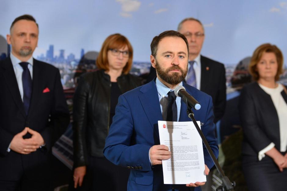 Samorządowcy żądają wycofania projektu o ustroju Warszawy