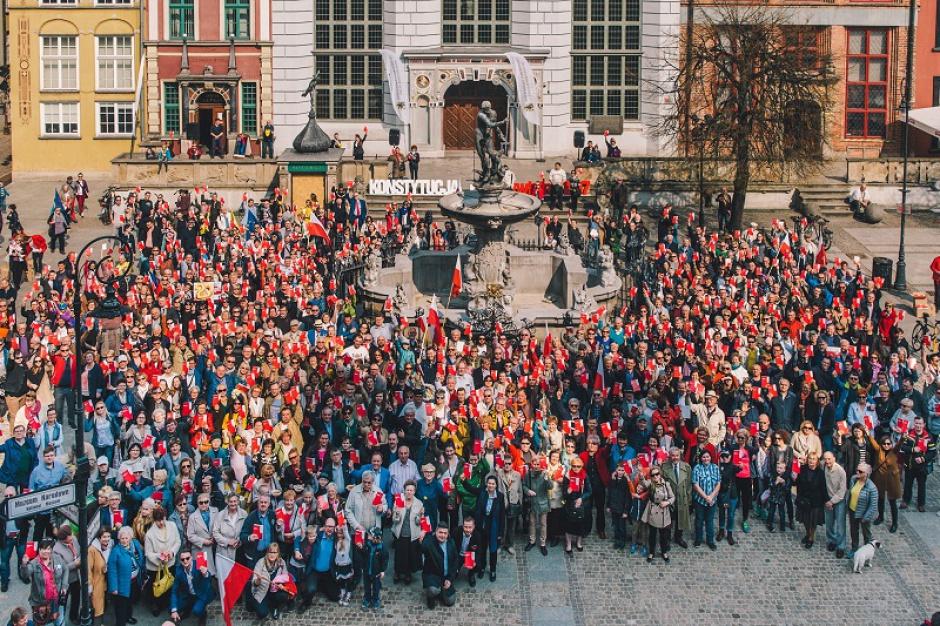 W Gdańsku świętowano 20. rocznicę uchwalenia Konstytucji RP