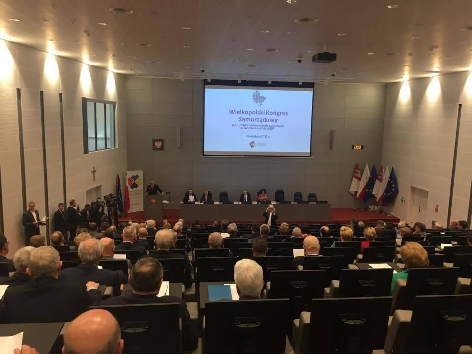 W wydarzeniu wzięło udział blisko 200 samorządowców z Wielkopolski. (fot. Stowarzyszenie Gmin i Powiatów Wielkopolski)