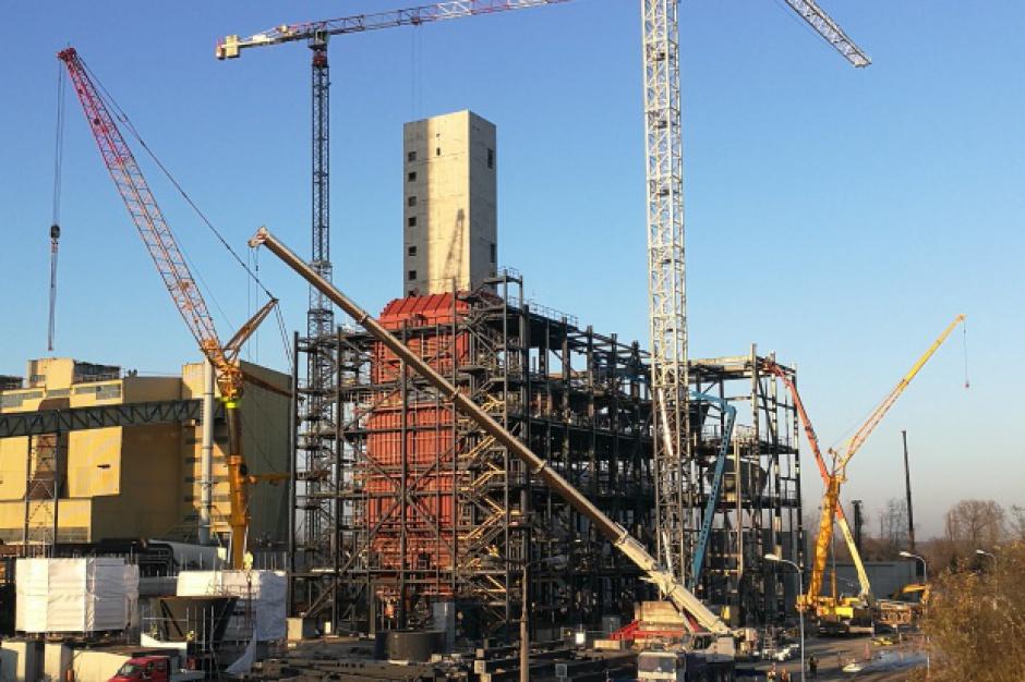 Budowa elektrociepłowni Fortum w Zabrzu na półmetku