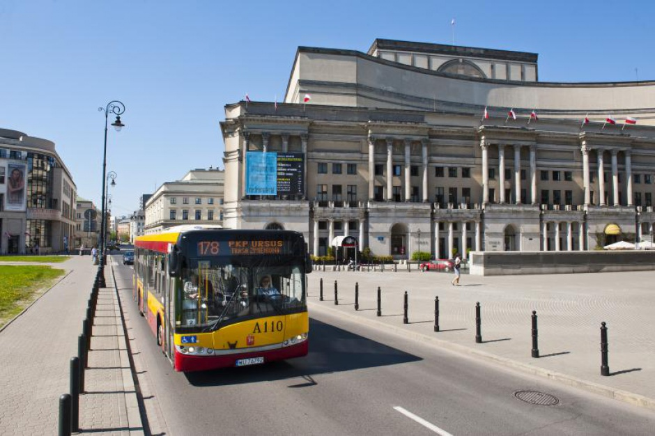 Warszawa: Bezpłatna komunikacja dla uczniów