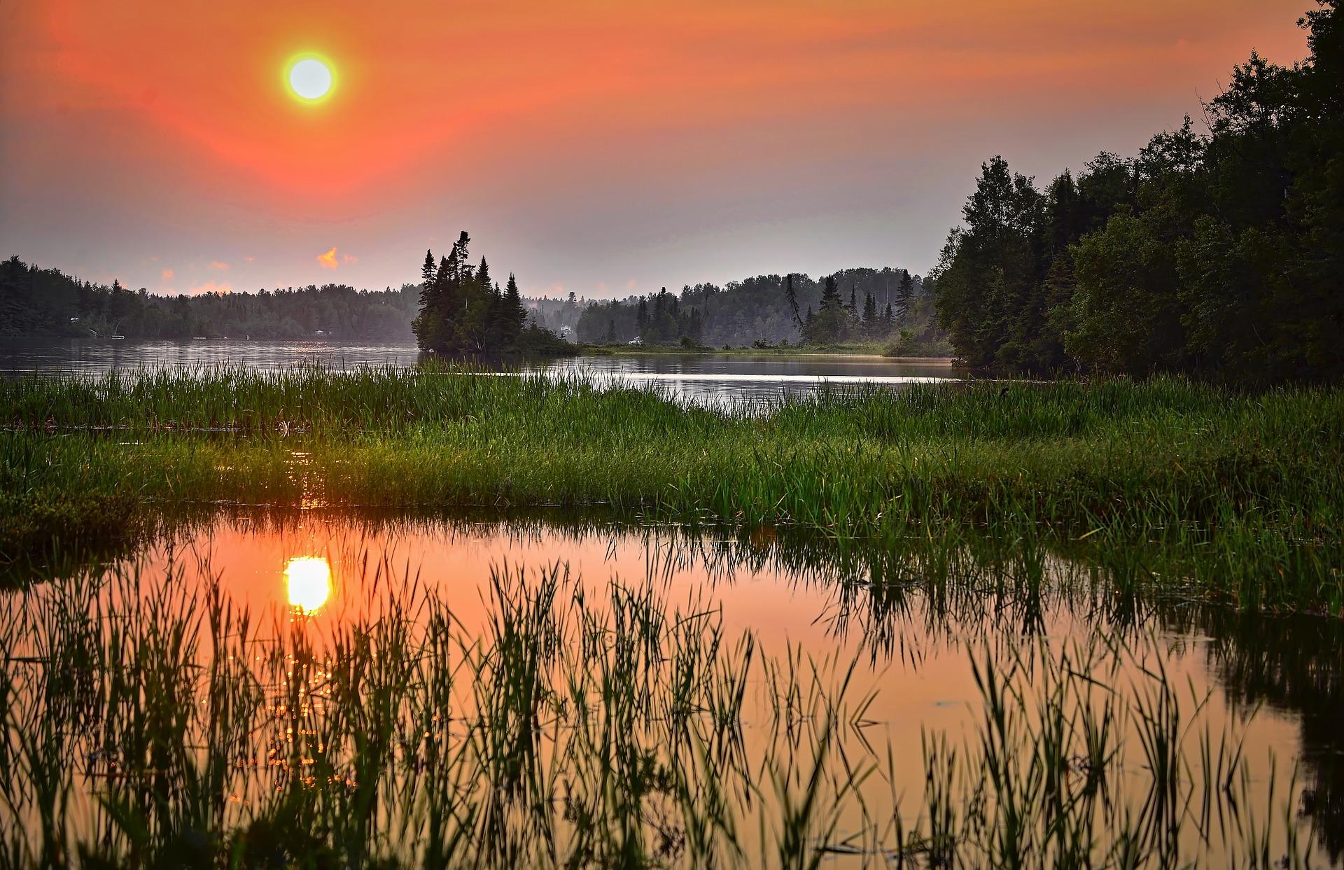 Jeziora wchodzą w skład obwodów rybackich, które Regionalne Zarządy Gospodarki Wodnej w drodze konkursu dzierżawią podmiotom uprawnionym do prowadzenia gospodarki rybackiej (fot.pixabay)