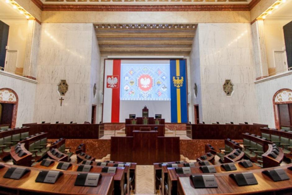 Sejmik województwa śląskiego przyjął uchwałę antysmogową