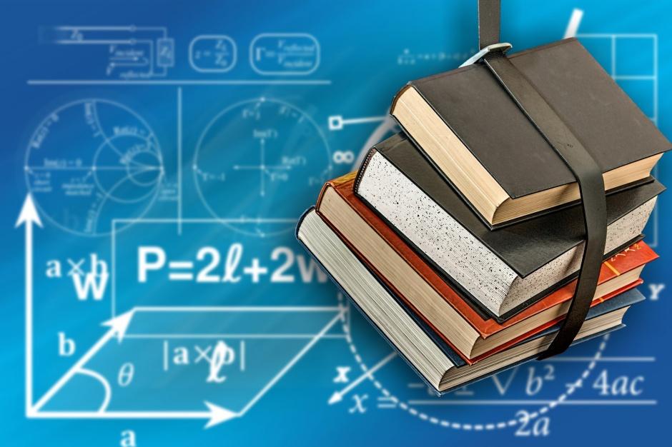 Reforma edukacji: Problem z podręcznikami do szkoły