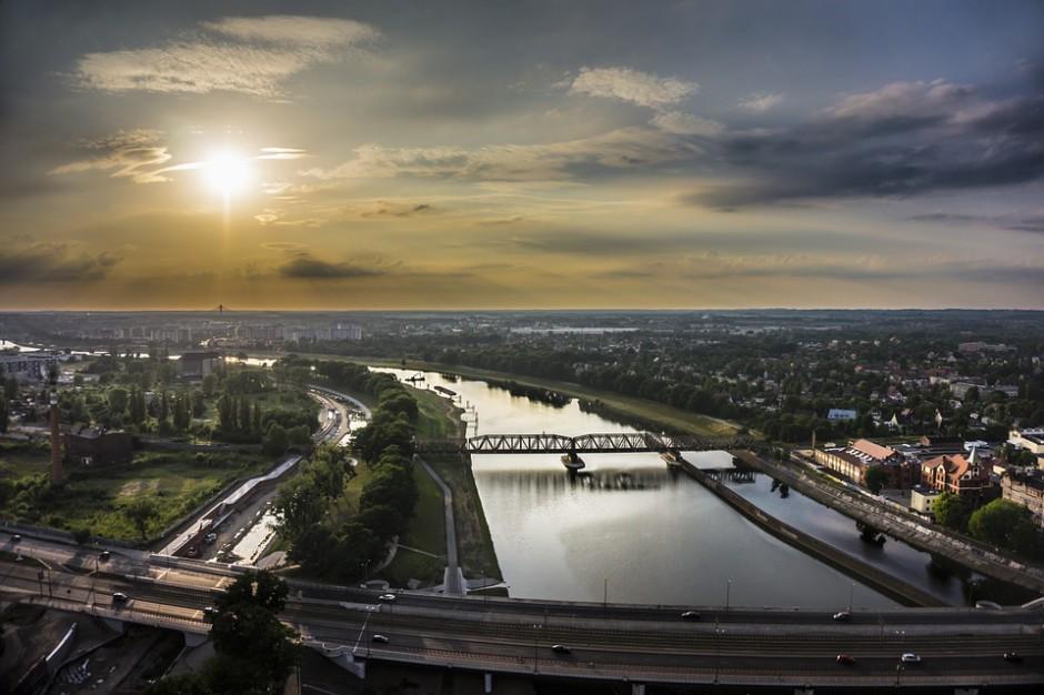 We Wrocławiu uczczono pamięć ofiar katastrofy smoleńskiej