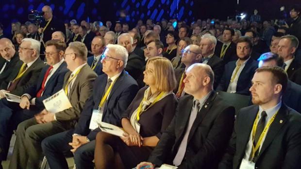 Reformy PiS, dwukadencyjność: Mariusz Błaszczak znów zawiódł samorządowców