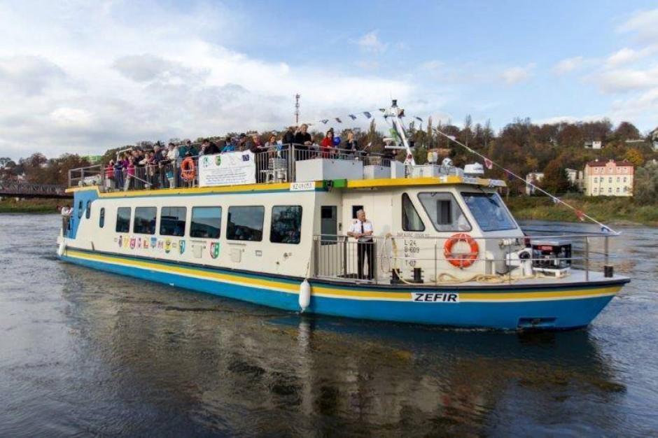 Samorządowe statki wycieczkowe rozpoczęły sezon