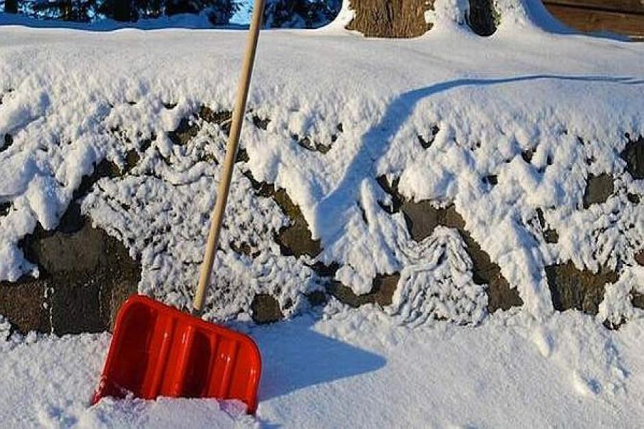 W powiecie częstochowskim trwa walka ze skutkami opadów śniegu
