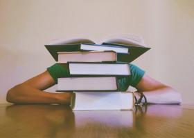 Wydawcy zdążą do września z nowymi podręcznikami?