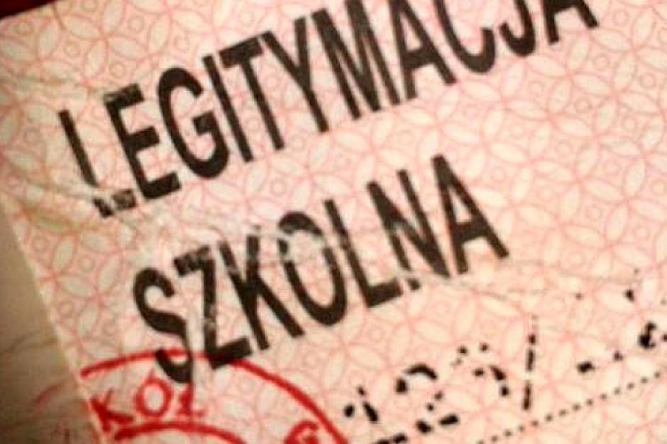 Uczniowie ze szkół polonijnych nie będą płacić za legitymacje