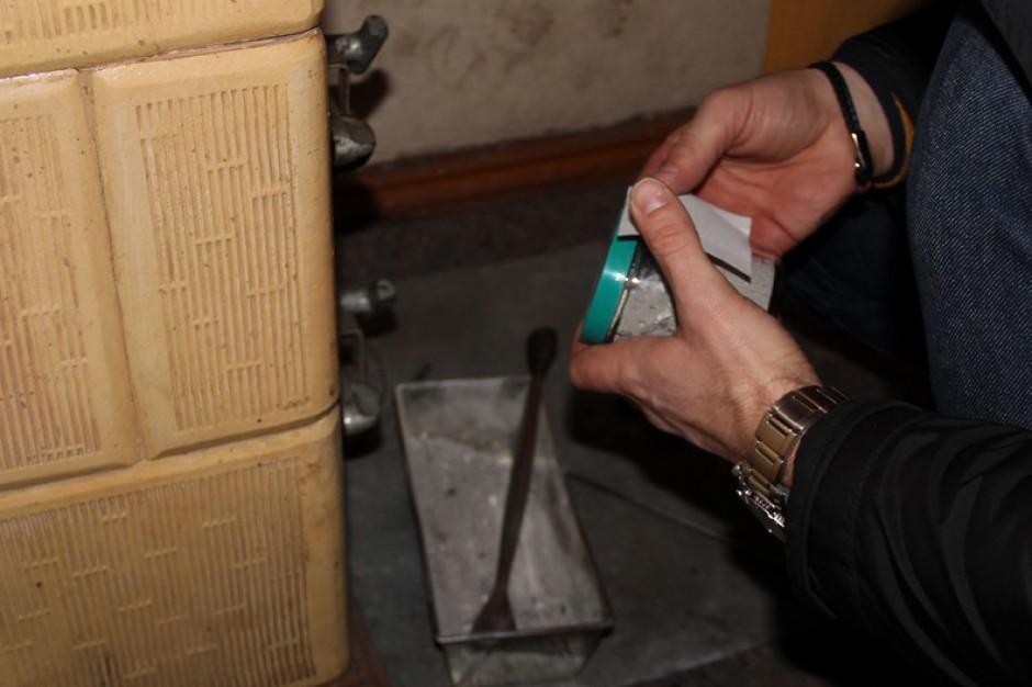 Gdańsk: Strażnicy miejscy zajrzeli do pieców. Będą mandaty za palenie śmieci