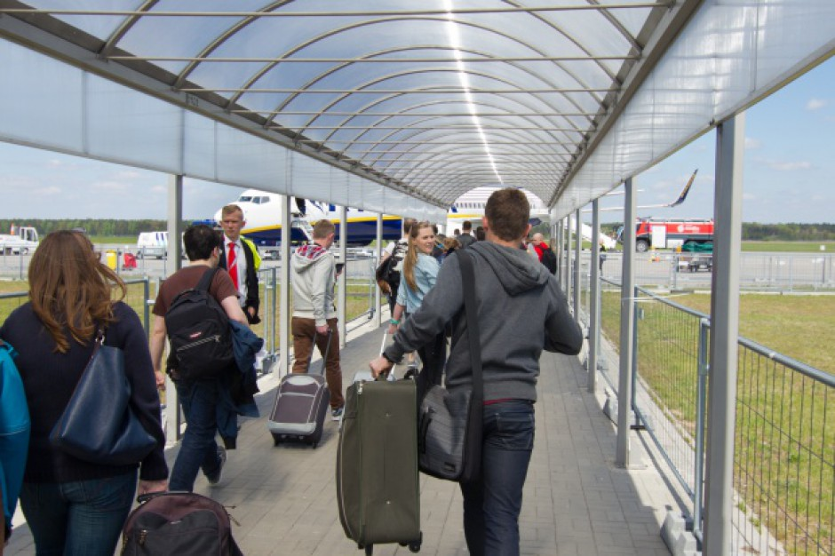 Z lotniska w Modlinie skorzystało już 9 milionów pasażerów