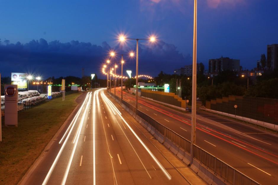 Łódzkie: Autostrada A2 zamknięta czasowo po wypadku autokaru