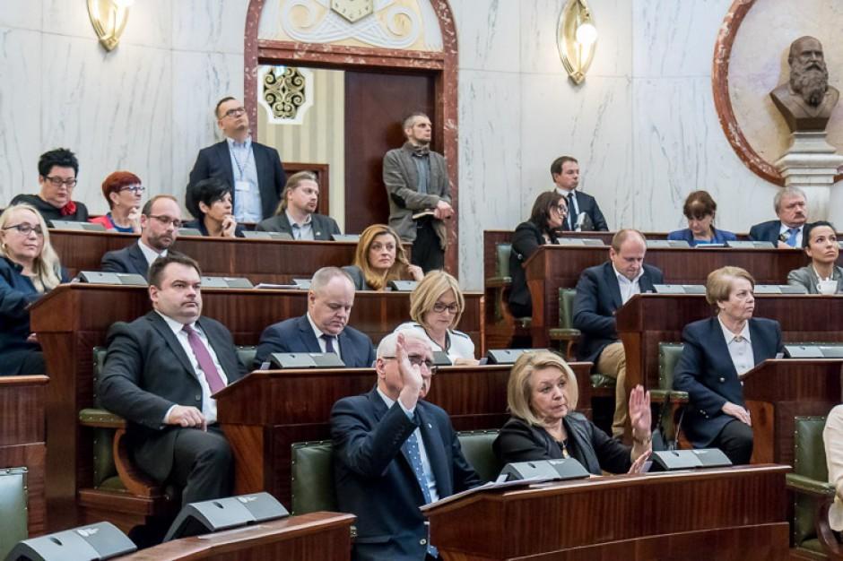 Młodzieżowy Sejmik Województwa Śląskiego zyskał przychylność radnych